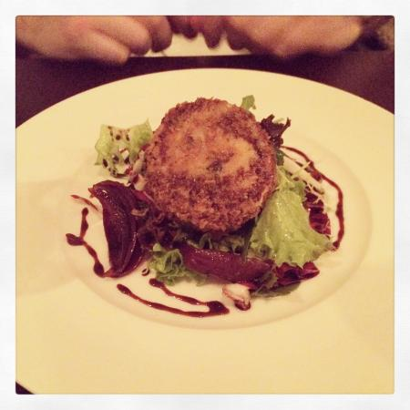The Devonshire Arms: Walnut Goats Cheese