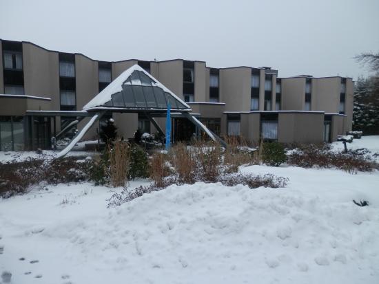 Domaine des Hautes Fagnes : vue de l'hôtel