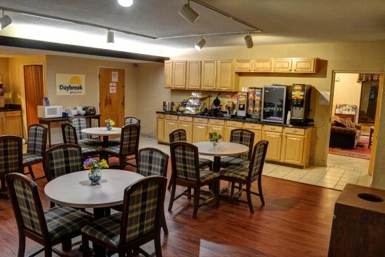 Days Inn Easley West of Greenville/Clemson Area : Break Fast Area