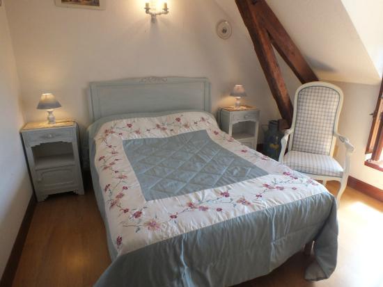 Anousta Chambres et Table d'Hotes a la Ferme : chambre Béout