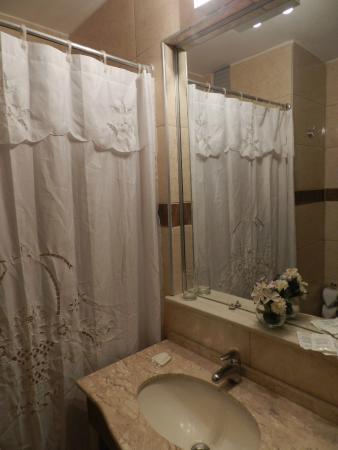 Hotel Jamaica: banheiro