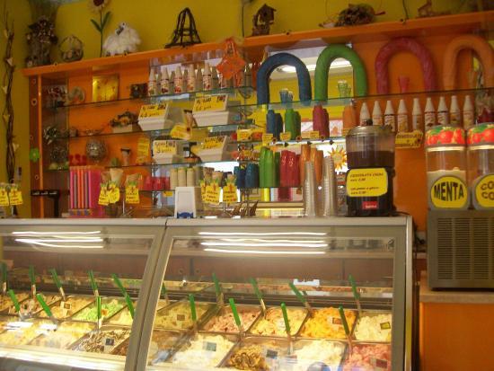 Vanzaghello Italy  city pictures gallery : ... Picture of gelateria al settimo gelo, Vanzaghello TripAdvisor