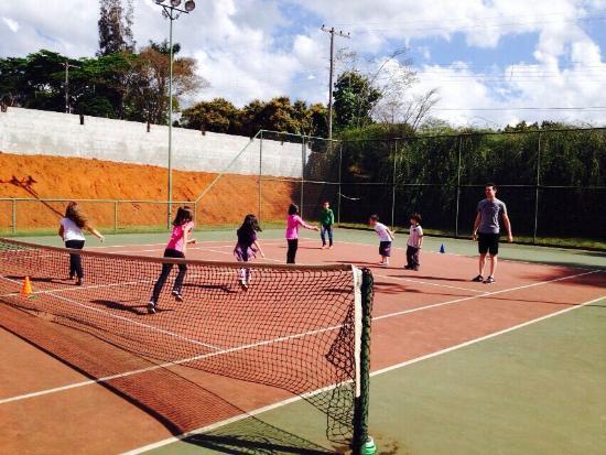 Hotel Paradies: Quadra de tenis!