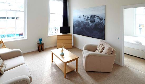 B+B Weymouth: Apartment Lounge