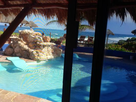 Villa La Bella: view of pool