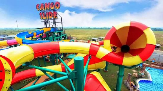 Μπεκάσι, Ινδονησία: Transera Waterpark - Cango Slide Tube