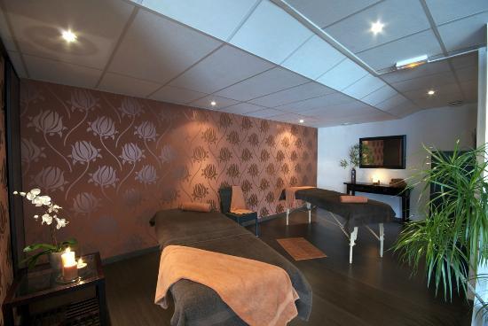 Auberge du Camp Romain: Une salle de massage pour les duos