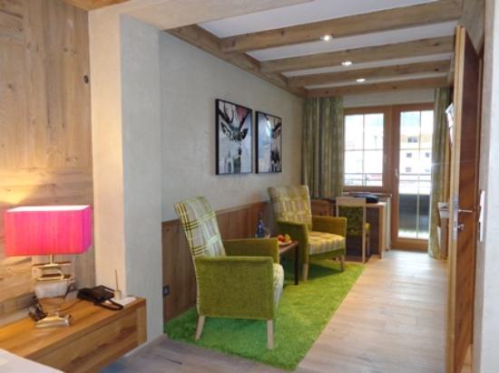 Alpine Wellnesshotel Karwendel : La partie salon