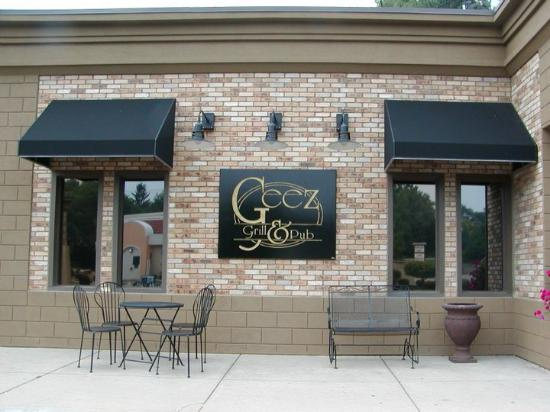 Photo of American Restaurant Geez Grill & Pub at 5841 Far Hills Ave, Dayton, OH 45429, United States