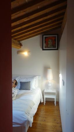 Tourist House Vittorio Ricci: vista de habitacion desde el toilette