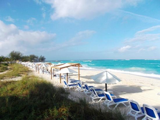 how to get to columbus isle bahamas
