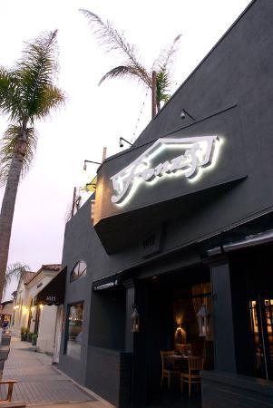 Fonz's Steaks & Seafood