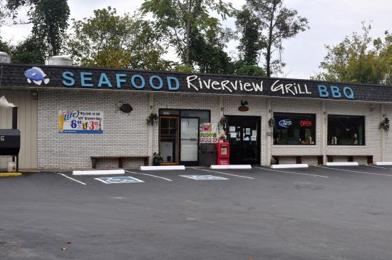 Riverview Grill, Clinton - Menu, Prices & Restaurant Reviews ...