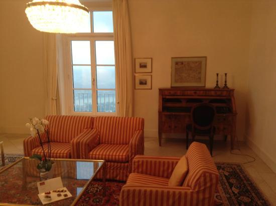 Wohnzimmer Ca 25 Qm Picture Of Steigenberger Grandhotel