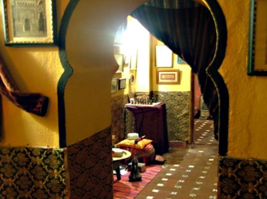 Casa Museo Árabe Yussuf al Burch: Arab arched doorways