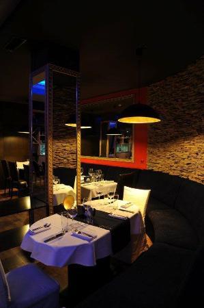 Blue Moon Thai Restaurant
