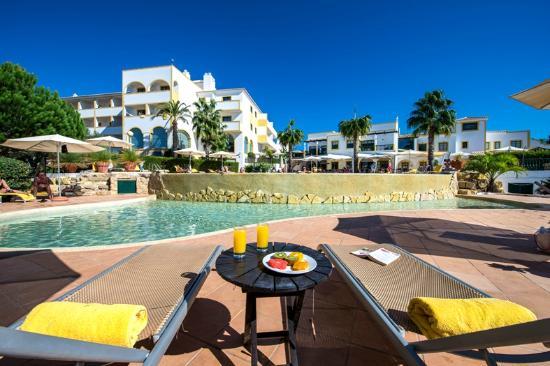 Vale d'El Rei Resort: Pool's Area
