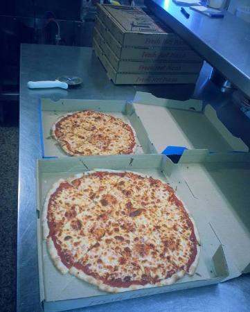 Charlie & Millie's Pizza House