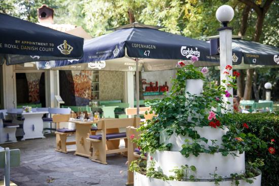 Central Park Restaurants