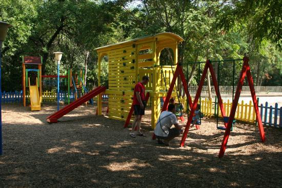 Central Park Restaurants Kids Playground