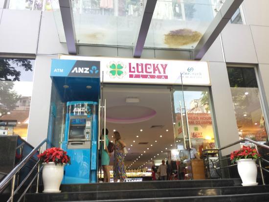 Lucky Plaza
