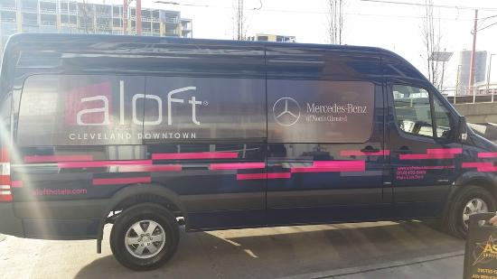 Aloft Cleveland Downtown: Complimentary Downtown Cleveland Shuttle