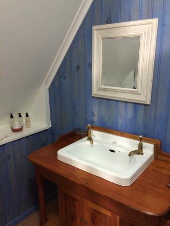 Amblewood Guest House: Im Bad