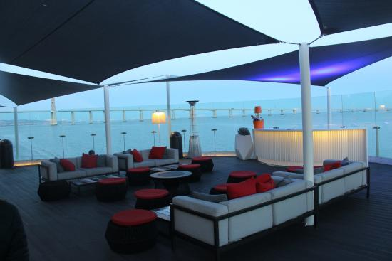 Wauuu picture of myriad by sana hotels lisbon for Hotel design lisbonne
