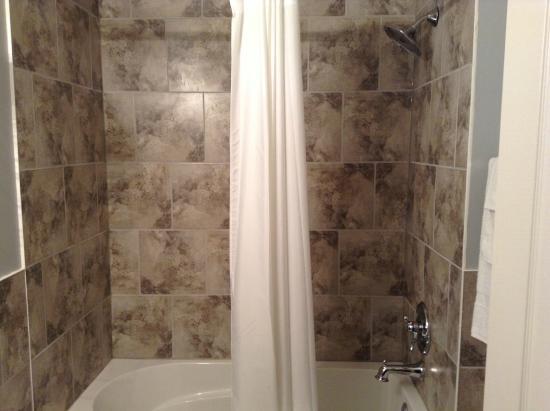 Travellers Motel & Restaurant: Shower