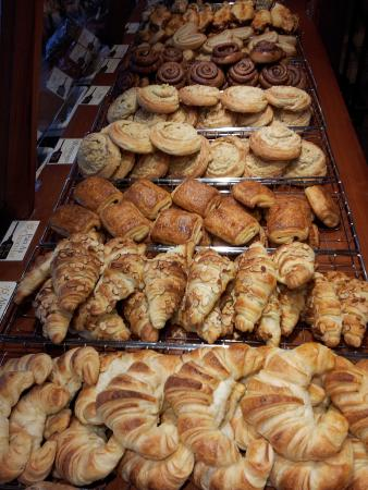 True Grain Bread : Front Counter Display