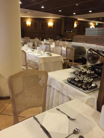 Hotel Alaska Cortina: sala ristorante