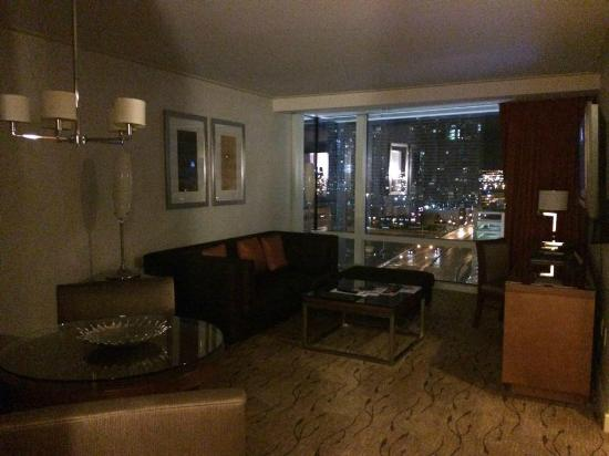 ARIA Resort & Casino: Corner suite