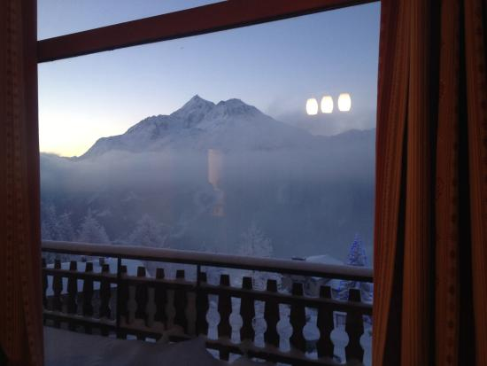 Chalet Jeode : The view from living and dining area