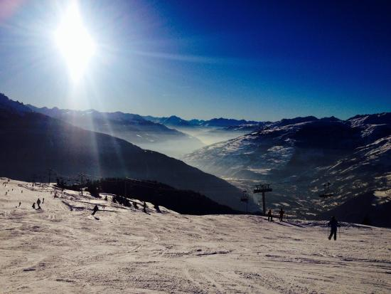 Chalet Jeode : The view from the piste