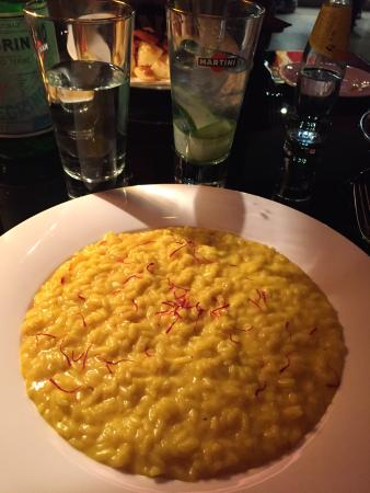 Risotto picture of martini bar dolce gabbana milan for Best risotto in milan