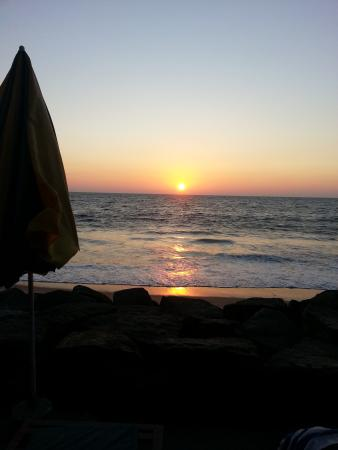 Brighton Beach Cafe : Sunset