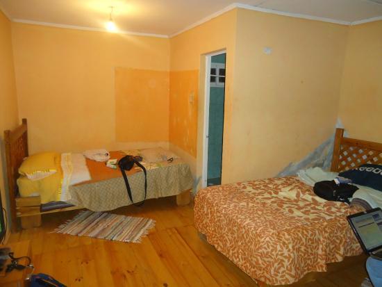 Hostal Michel : Nuestra habitación.
