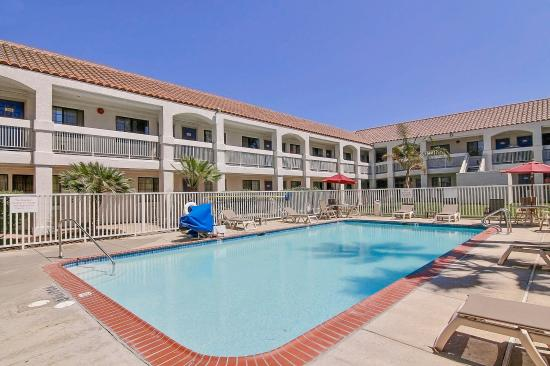 Motel 6 Thousand Oaks, CA: Pool