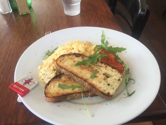 La Pizza Trattoria: Over Seasoned eggs.