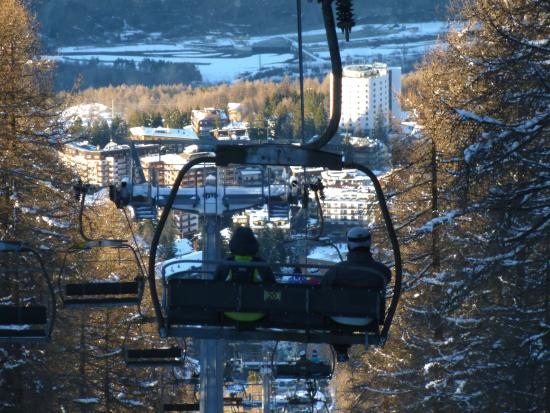 Hotel Relais Des Alpes : View over Sauze from Sportina ski lift