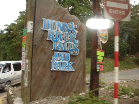 Ocho Rios Bay Beach: Entrada al Dunns Falls