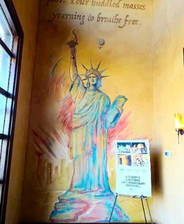 Liberty Tap Room & Grill : inside