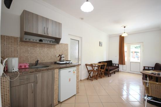 Cennet Apartments: acık mutfak