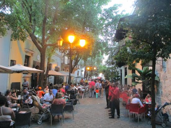 Hotel Conde de Penalba: Nearby restaurants