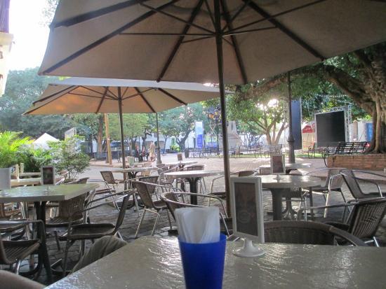 Hotel Conde de Penalba: Breakfast tables