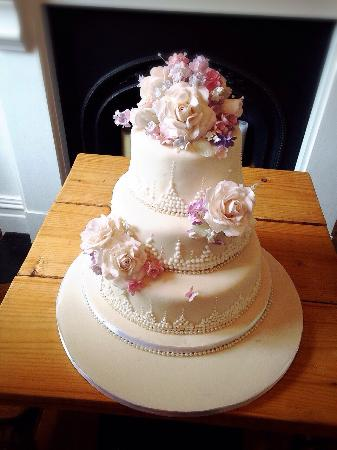 Homemade Wedding Cake.Homemade Wedding Cake From Granny Picture Of No 4 Clifton Village