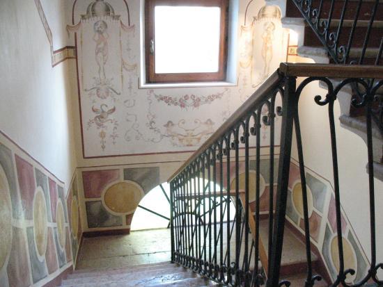 Hotel Giulia Gonzaga: scala interna