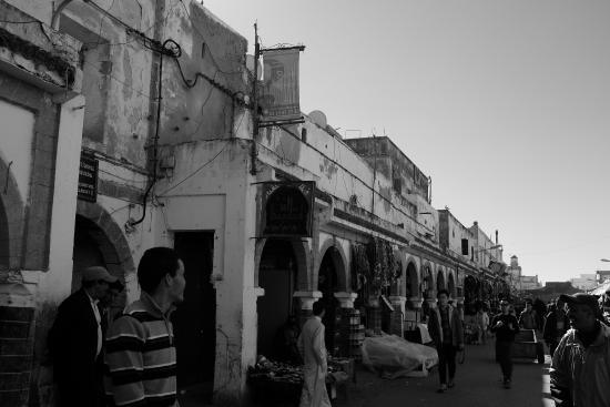 Riad Remmy: Market area
