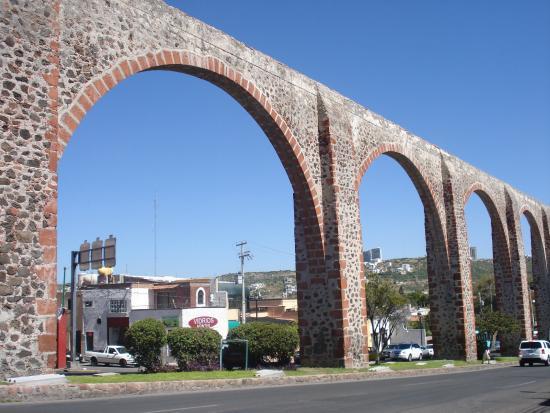 El Acueducto De Queretaro - Picture of El Acueducto De Queretaro, Queretaro C...