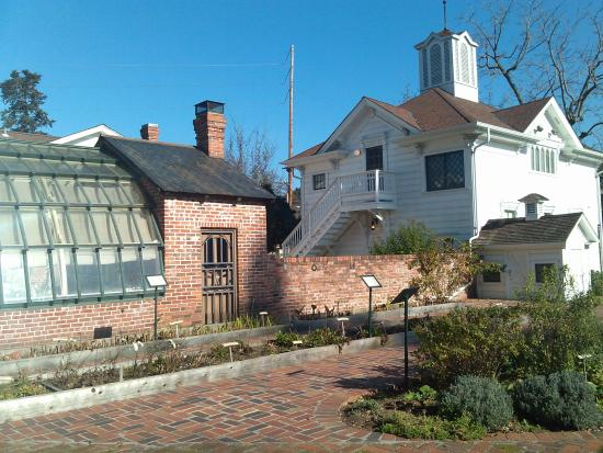 Luther Burbank Home and Gardens: the famous greenhouse and cottage